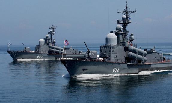 Rusya Akdeniz'den de baskıya hazırlanıyor
