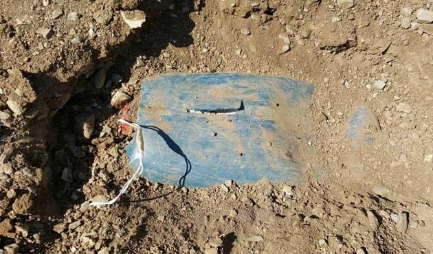 Dargeçit'te 2 ton patlayıcı ele geçirildi