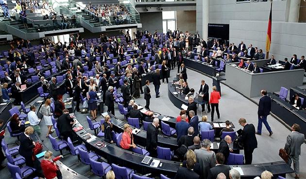 Merkel ziyareti öncesi Ermeni iddiaları rafa kalktı