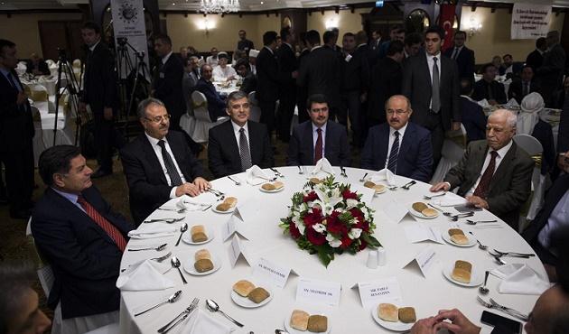 Abdullah Gül, Arınç'la biraraya geliyor