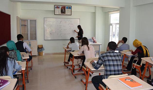 Özel okullara kayıtta 'sözleşme' zorunluluğu