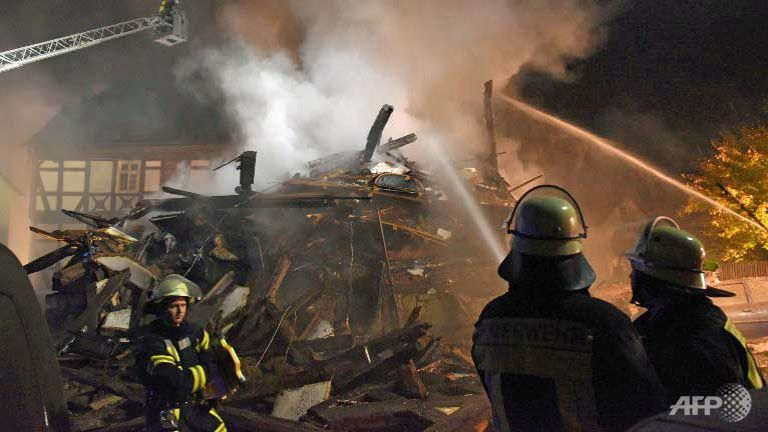 Almanya'da göçmen işçilerin binası yandı: 4 ölü