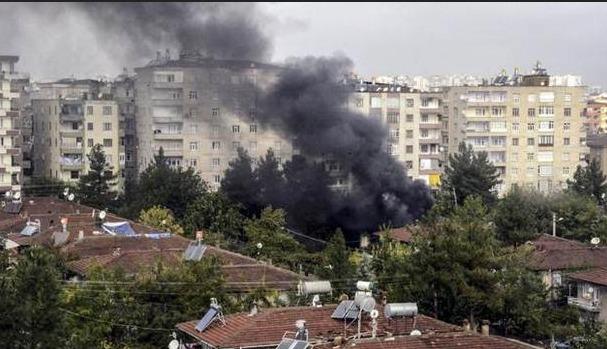 IŞİD'in canlı bombaları da o evdeydi