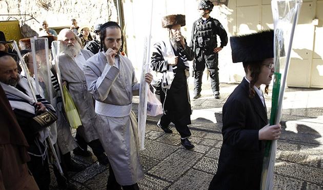 Yahudi işgalcilerden Nablus'ta baskın