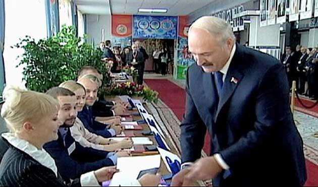 AB Belarus'a yaptırımları askıya aldı