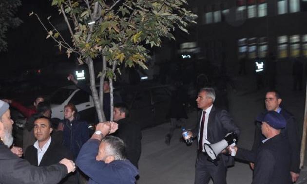 Eskişehir'de MHP'lilerle HDP'liler arasında gerginlik