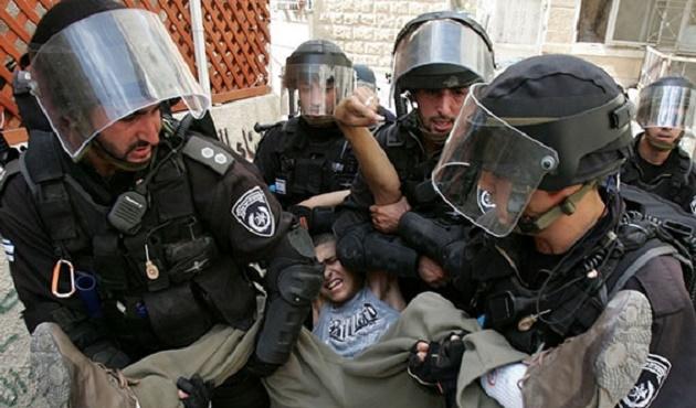 Bir ayda 800 Filistinli çocuk gözaltına alındı