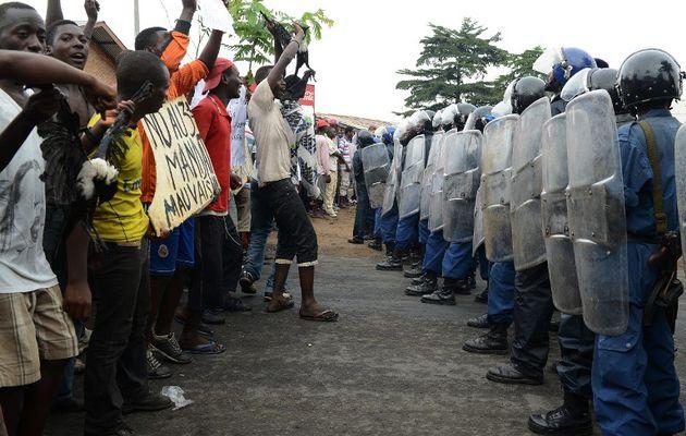 Burundi'de isyancıların mahalleleri boşaltıldı