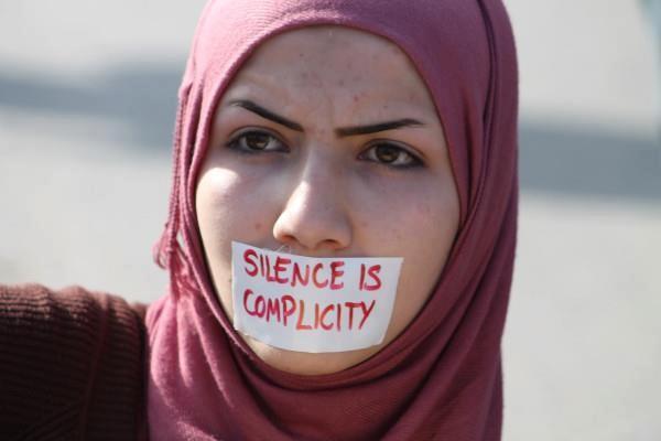 İngiltere'de İslam karşıtı saldırgana hapis