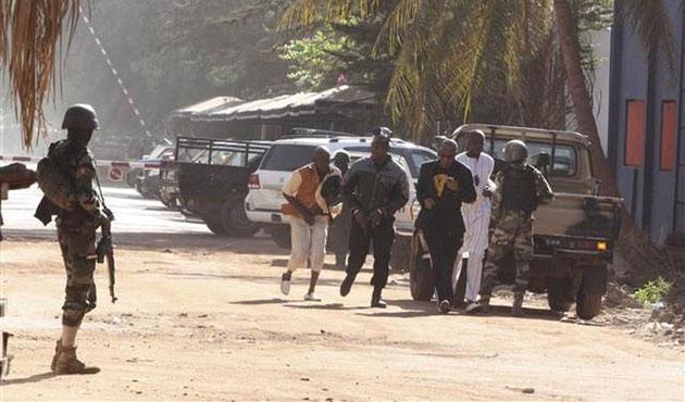 Cezayir-Libya-Mali 'terörizm' üçgeni