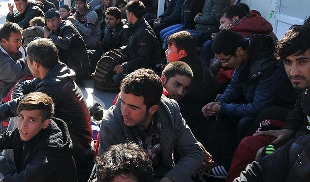 Kanada Suriyeli mültecilerden masraf istiyor