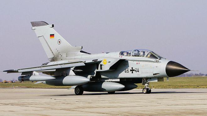 Almanya Suriye'ye keşif uçakları gönderecek