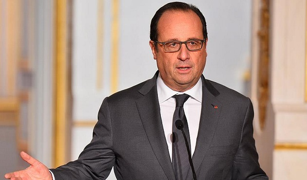 Hollande, Macron'a oy verilmesi çağrısını yineledi