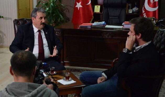 Destici'den Türkmenler'e 'terörist' diyen Rus muhabirine tepki