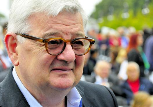 Alman eski dışişleri bakanı Fischer, Suriye görevini savundu