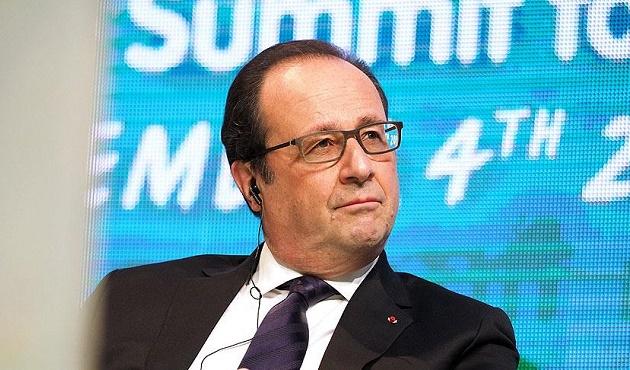Hollande uçak gemisini ziyaret edecek
