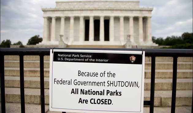 ABD'de kepenk kapatma beş gün daha ertelendi