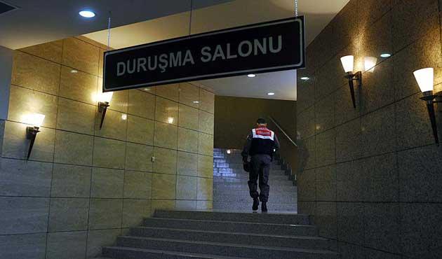 '17 Aralık kumpası' soruşturmasında 14 polis serbest