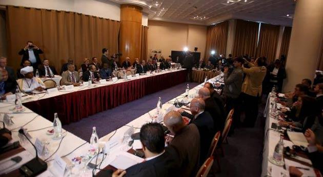 Libya'da yeni hükümetin güvenoylaması ertelendi