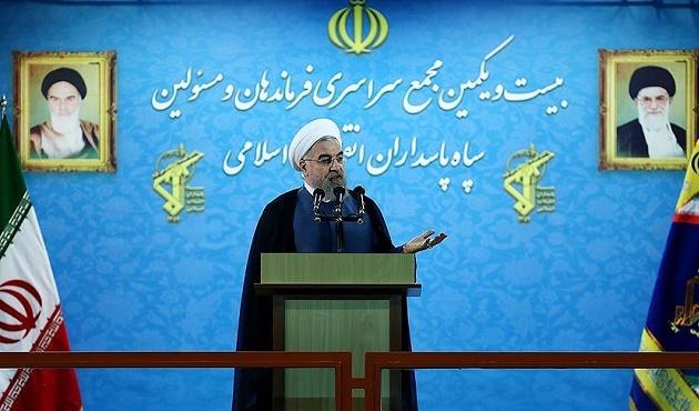 Ruhani'den rejim eleştirisi