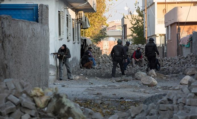 PKK evini kullandırmayan bir kişiyi öldürdü