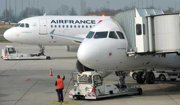 Air France uçağında bomba şüphesi