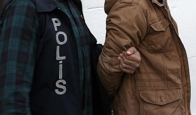 İstanbul'daki IŞİD operasyonunda 3 kişi tutuklandı