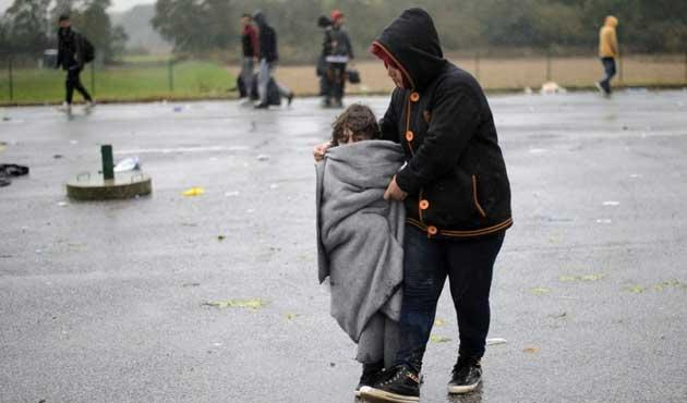 Letonya, sığınmacıların aylık ücretini aşağı çekti
