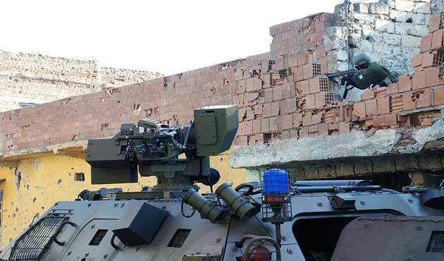 Cizre'deki çatışmada bir polis can verdi