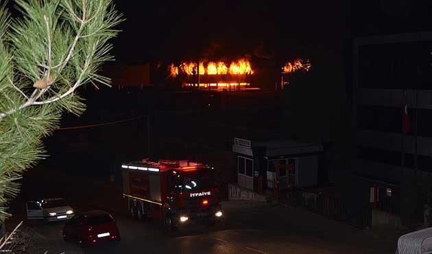 Bursa'daki yangın 12 saatte kontrol altına alınabildi