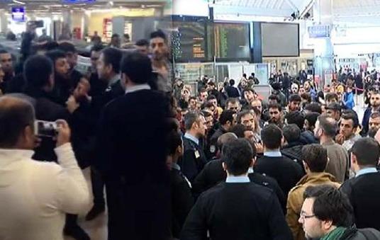 Atatürk Havalimanı'nda 'iptal' arbedesi