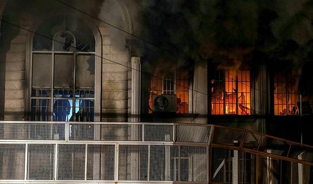 İran'da Suudİ elçiliğine saldıranlara soruşturma