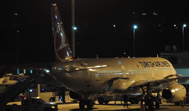 Uçakta rahatsızlanan Suriyeli bebek öldü