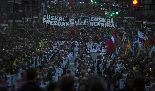 İspanya'da ETA mahkumlarına destek yürüyüşü