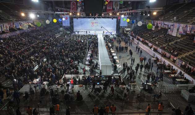 CHP kurultayında Parti Meclisi seçiliyor
