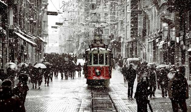 İstanbul'a 'yoğun kar' uyarısı