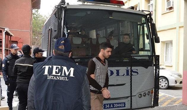 Sultanahmet'teki saldırıyla ilgili 10 kişi tutuklandı