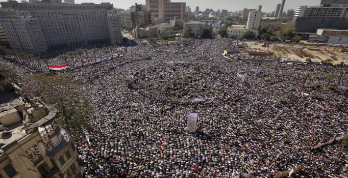 Mısır'da 25 Ocak devrimi öncesi 'güvenlik alarmı'