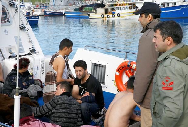 Ege denizinde 101 mülteci kurtarıldı