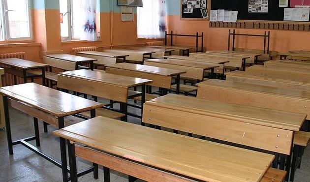 Siverek'te 5 sahte öğretmen görevden alındı