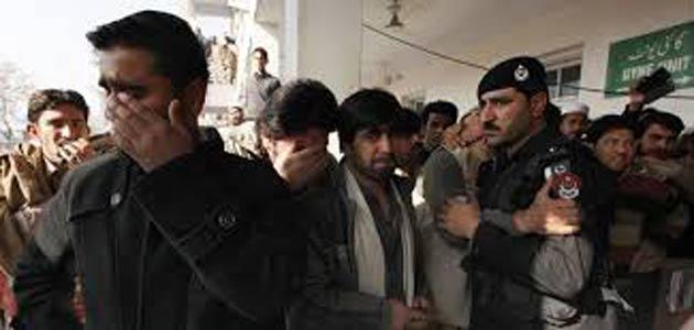Pakistan'da yine okul baskını: 30 ölü