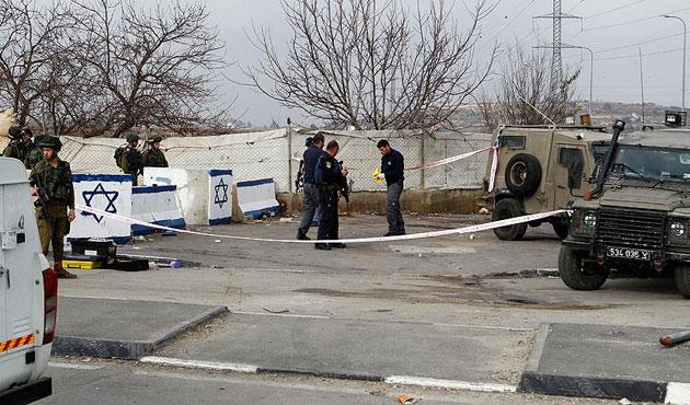 İsrail, El-Halil yolunu Filistinlilere kapattı