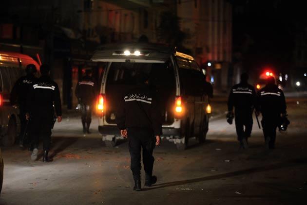Tunus'ta göstericiler yasak dinlemedi