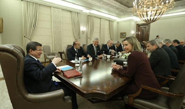 Başbakan Davutoğlu AB Heyetini kabul etti