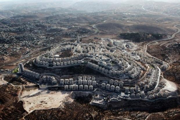 İsrail Kudüslüleri gizlice göçe zorluyor