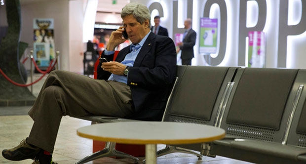 Kerry'den Johnson'a tebrik telefonu