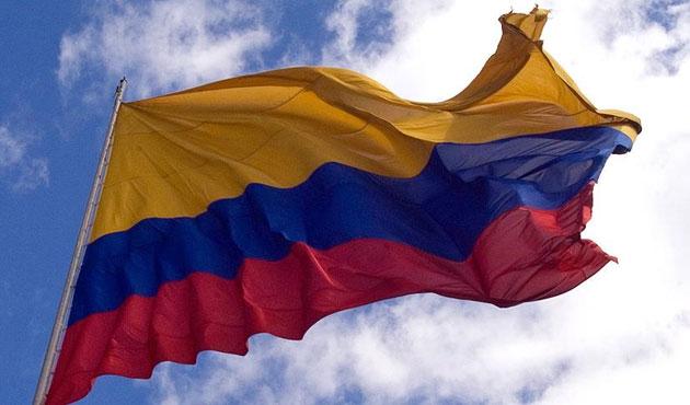 Kolombiya'da FARC ile ateşkes resmileşti