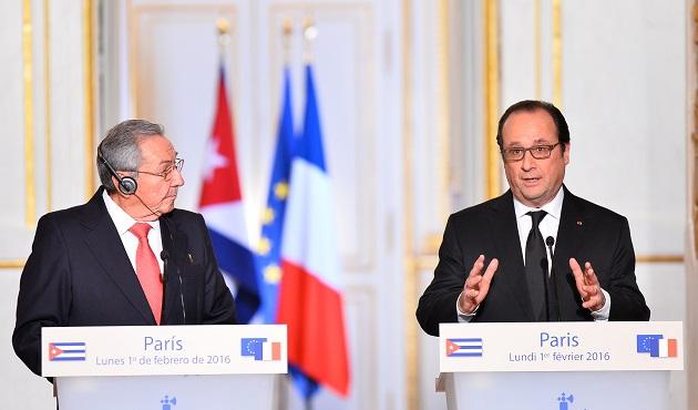 Hollande'den Obama'ya Küba ricası