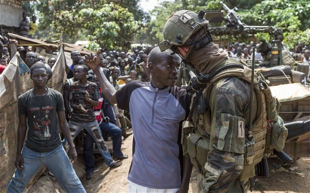 Fransa, Fildişi Sahili'ndeki asker sayısını arttıyor