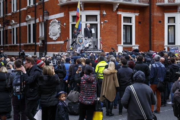 Sosyal medyada Assange'nin ölümü tartışılıyor